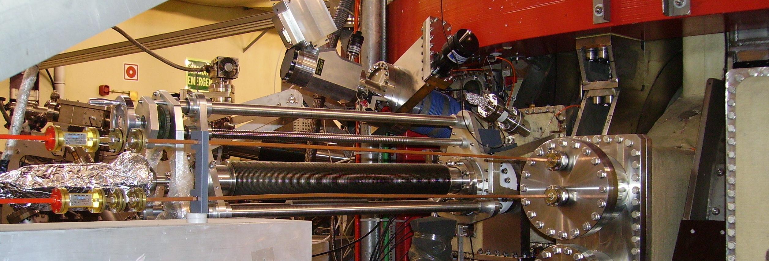 Pellet injector